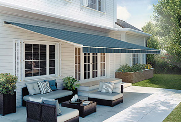 Browse our SunSetter Platinum retractable awnings